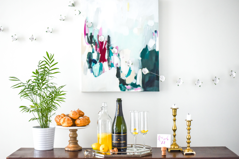 French 28 Lavender + Lemon Champagne Cocktail