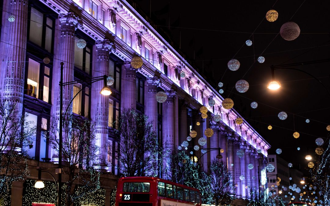 5 Tips for Traveling to London at Christmas